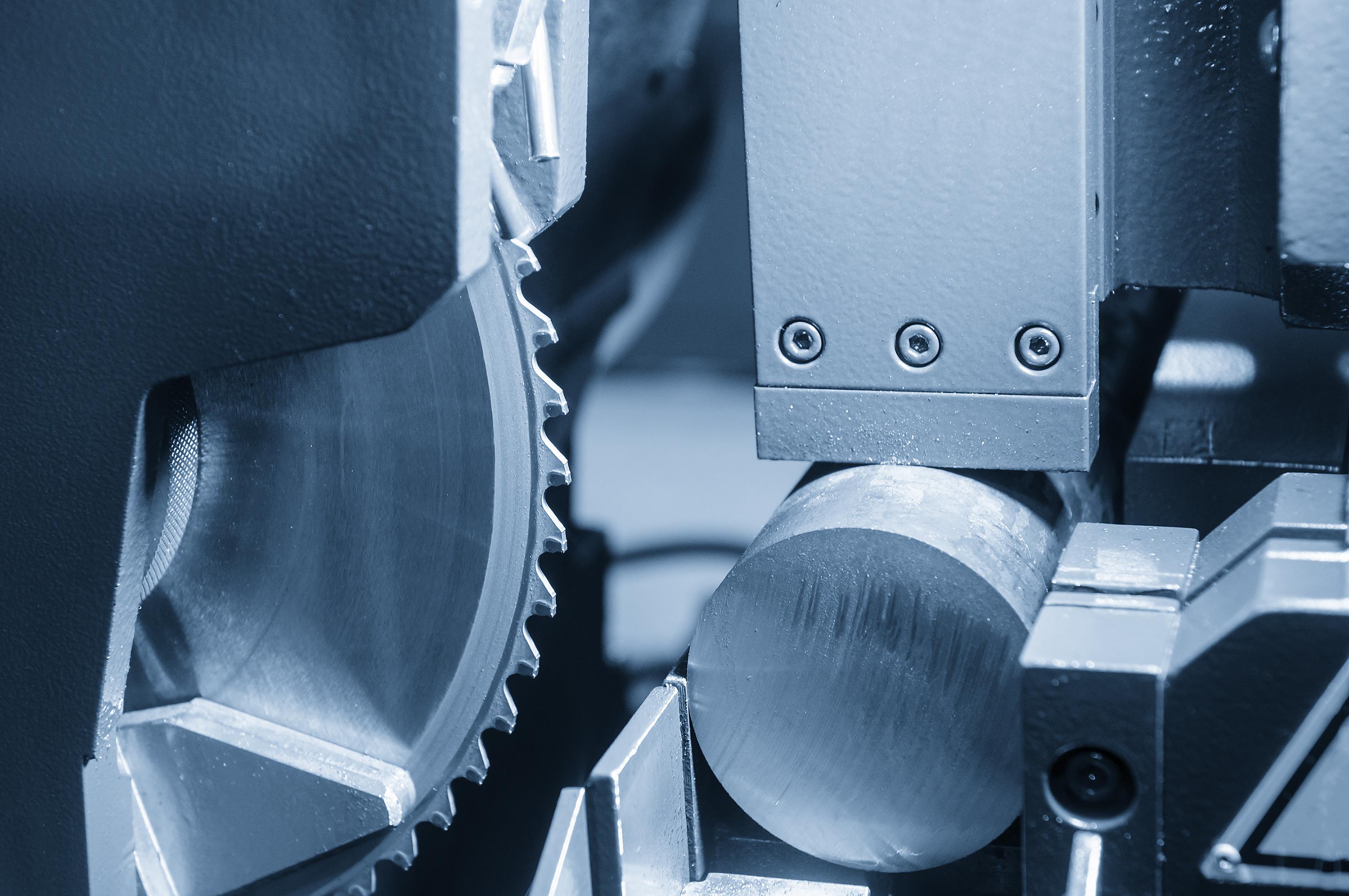 Bandsägen und Kreissägen - höchste Leistungen bis zu einem Durchmesser 250mm